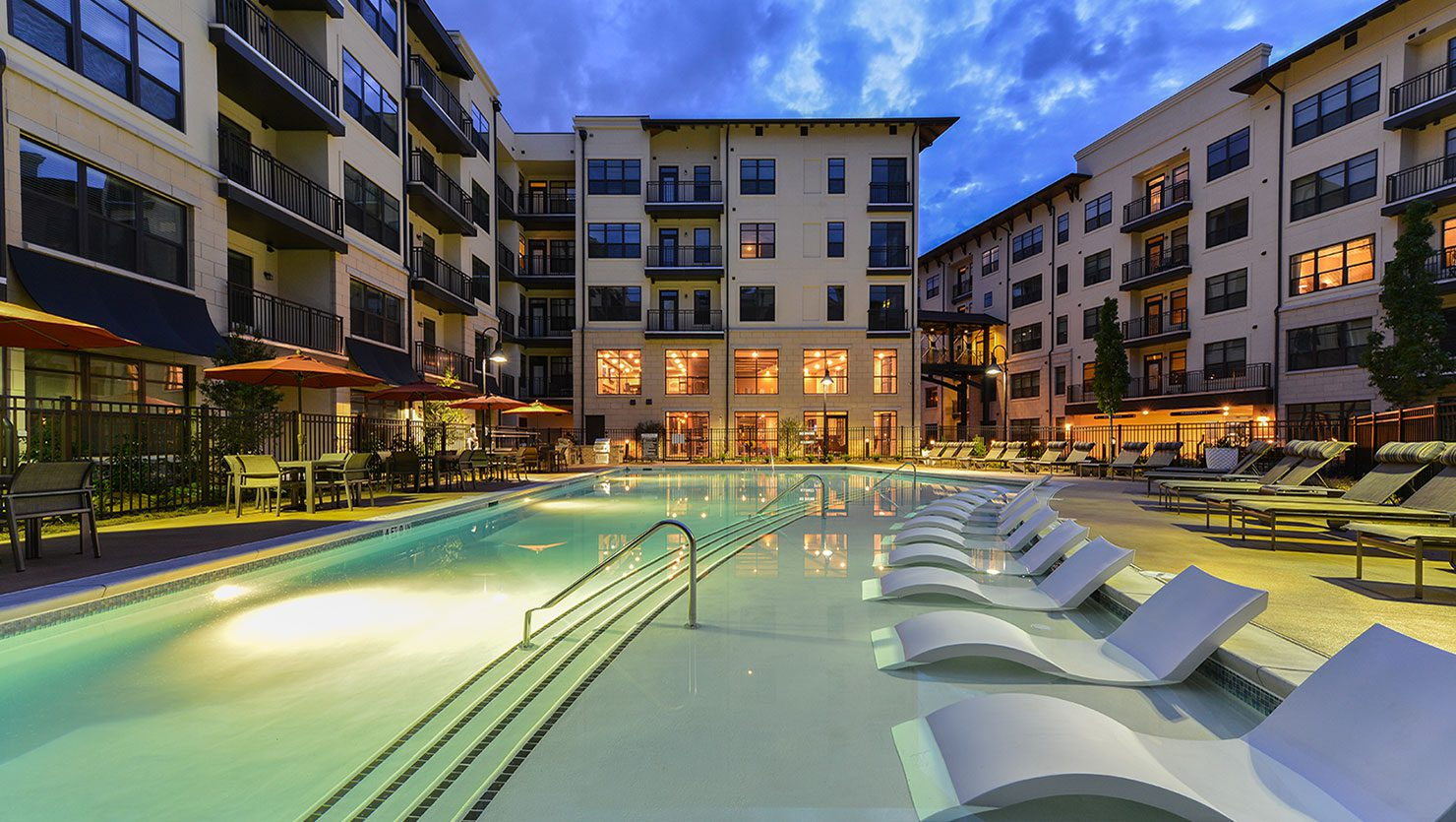 Bell Buckhead West Exterior Pool Courtyard